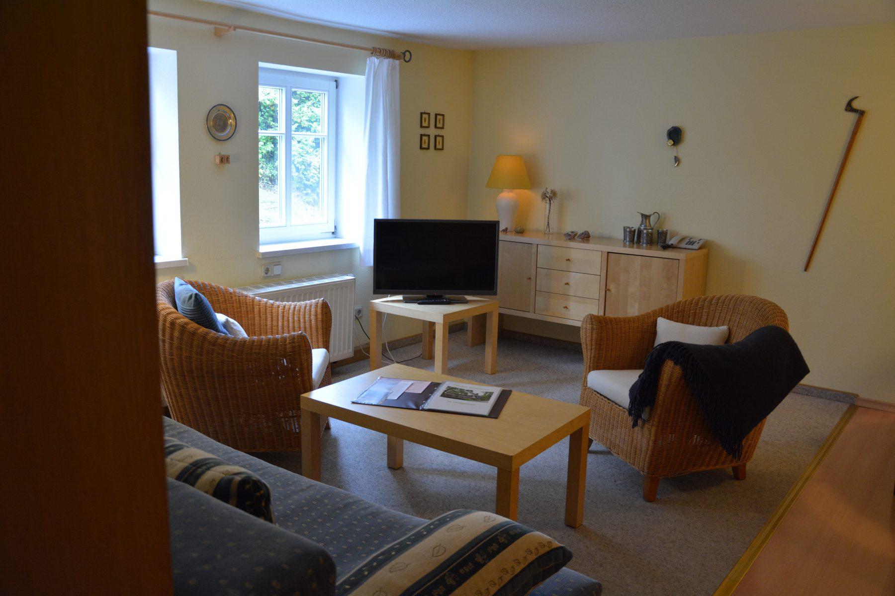 Ferienwohnung im Verlegerhaus Seiffen Kategorie N1a Wohnzimmer