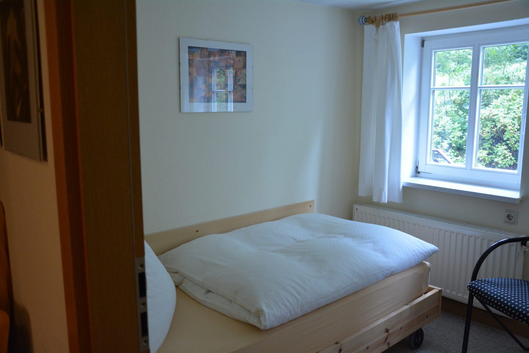 Ferienwohnung im Verlegerhaus Seiffen Kategorie N1a Detail Schlafzimmer