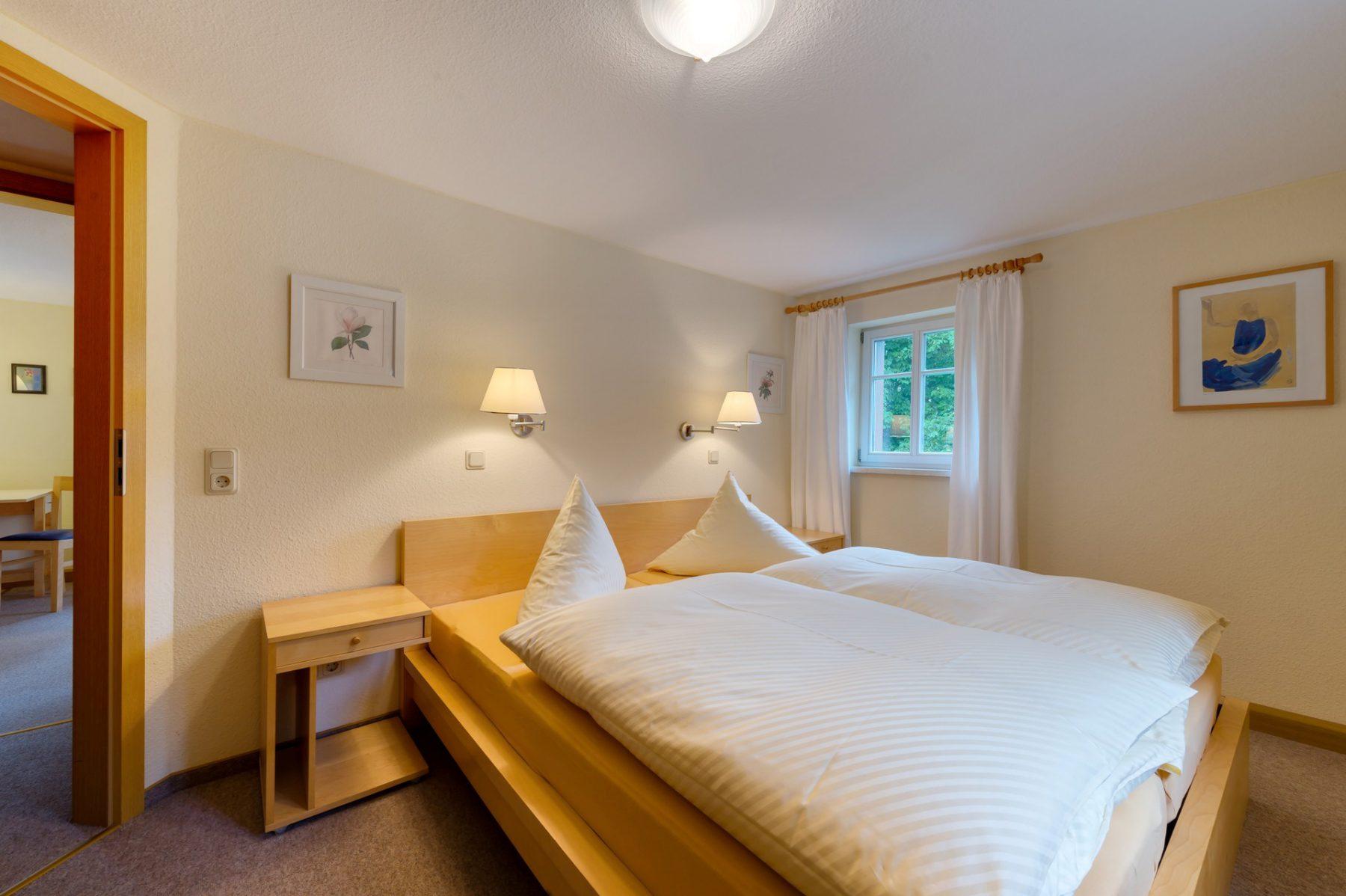 Ferienwohnung im Verlegerhaus Seiffen Kategorie N1d Detail Schlafzimmer