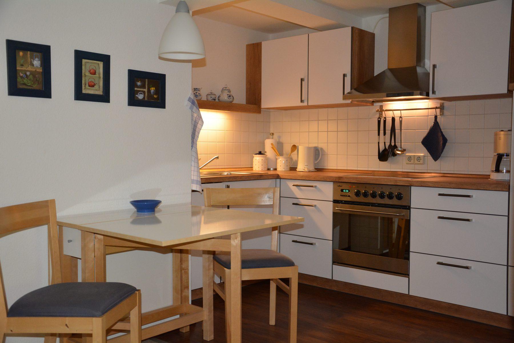 Ferienwohnung im Verlegerhaus Seiffen Kategorie N1b Detail Küche