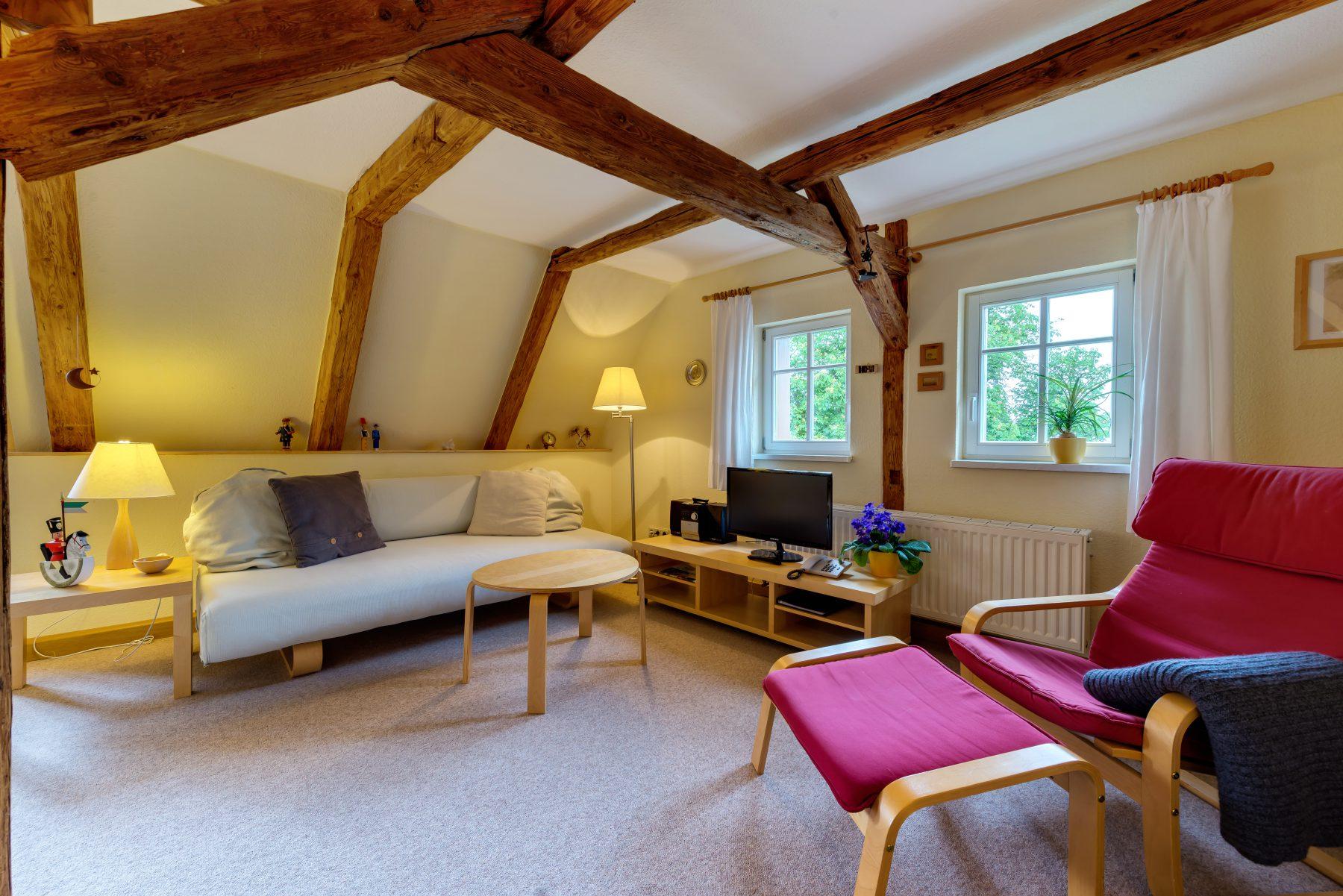 Ferienwohnung im Verlegerhaus Seiffen Kategorie N3b Wohnbereich